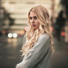 CarolineNeon